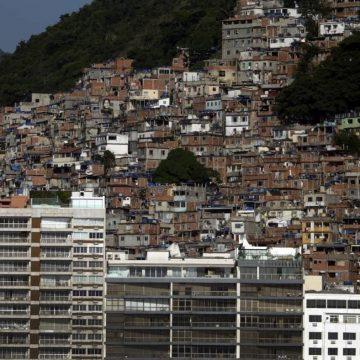 POLÍCIA INVESTIGA ESTUPRO COLETIVO EM FAVELA DA ZONA SUL DO RIO