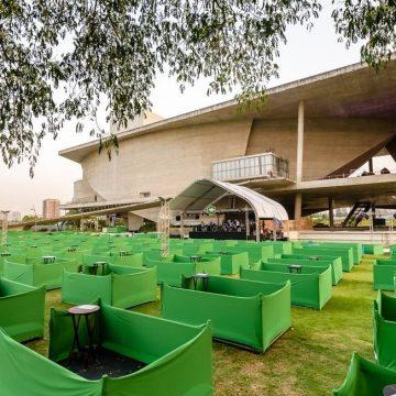 Casas de shows reabrem no Rio com regras rígidas, capacidade reduzida e até cercadinho
