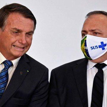 Após cinco meses de 'lua de mel', Bolsonaro desautoriza Pazuello e dá sinais de desgaste na relação com mais um ministro da Saúde