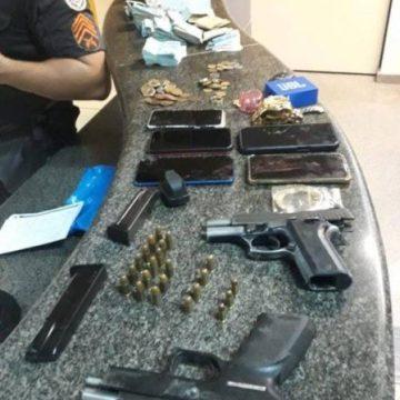 Suspeitos são presos após manterem família refém em Niterói