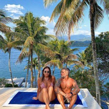 Bruno Gagliasso elogia a sogra: 'parabéns pelos 23 aninhos'