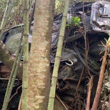 Carro encontrado com ossada na Dutra é de irmão desaparecido do ator Marco Ricca