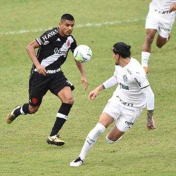 Trocas na lista: Vasco inscreve Léo Matos, Gustavo Torres e Jadson na Sul-Americana