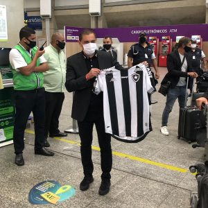 Ataque, intensidade, Kalou e resultados: desafios da nova comissão técnica do Botafogo