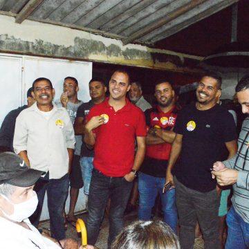 Aconteceu o encontro de moradores com o presidente da Câmara, Felipinho Ravis no Bairro Jardim Nova Era