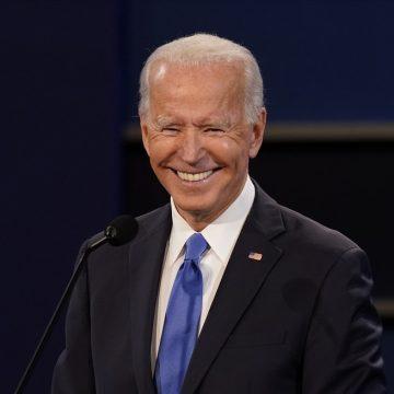 Biden vira sobre Trump e passa a liderar na Geórgia