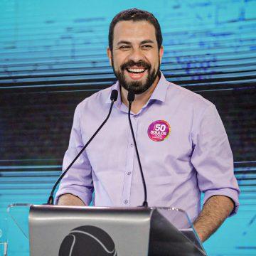 PSB anuncia apoio à candidatura de Guilherme Boulos em São Paulo