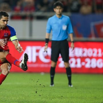 Alan Kardec vira maior artilheiro do Chongqing, mas pode deixar clube por salários atrasados