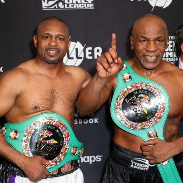 Mike Tyson ataca, busca nocaute na volta aos ringues, mas tem empate simbólico com Roy Jones