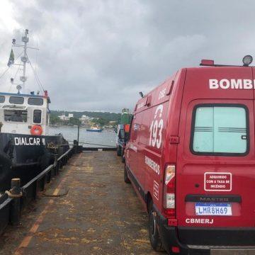 Moradora de Paquetá em estado grave é transportada de balsa para hospital na Zona Norte
