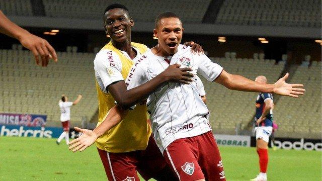 Fluminense vence o Fortaleza e conclui primeiro turno no G-4 do Brasileiro