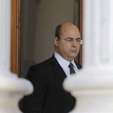 'Foi um duro golpe e inesperado' para Witzel, diz especialista sobre decisão que determina saída do Palácio Laranjeiras