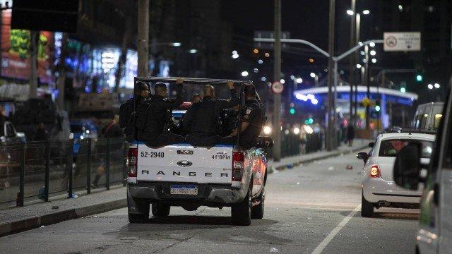 Tiroteio em Madureira deixa dois feridos e uma mulher morta