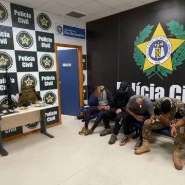 Cinco homens são presos em ação da força-tarefa da Polícia Civil contra a narcomilícia, na Zona Oeste