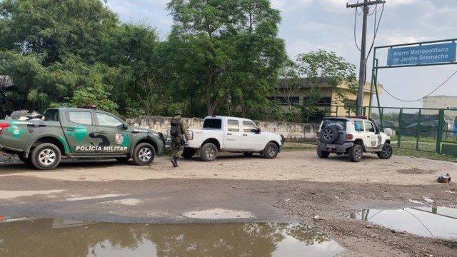 Inea e Polícia fazem operação contra crimes ambientais no Jardim Gramacho, em Caxias