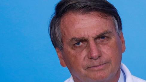 'Vacina é do Brasil, não é de nenhum governador', diz Bolsonaro em crítica a Doria