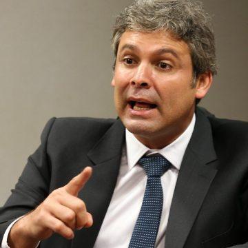 """Fato:""""Bancada do PT na Câmara do Rio tem Lindberg Farias como líder"""""""