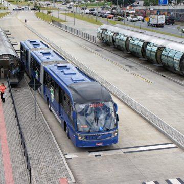 """Fato:""""BRT Rio diz não ter dinheiro para pagar funcionários na próxima sexta-feira"""""""