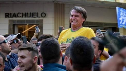Delegado que investigou facada em Bolsonaro move 15 ações contra deputados e influenciadores bolsonaristas; saiba o motivo