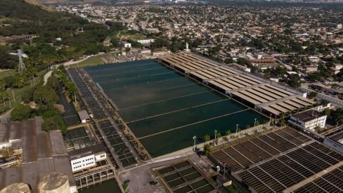 Cedae confirma retorno de geosmina na água do Guandu