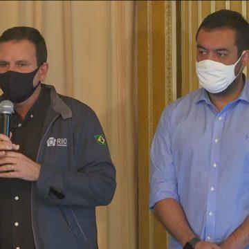 Vacinação no Rio será feita em clínicas da família e seguirá plano nacional, diz Paes