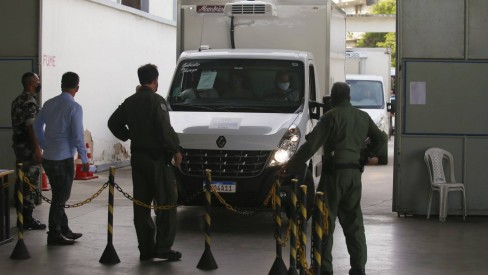 Rio faz a entrega das doses da vacina Oxford/AstraZeneca para municípios nesta segunda-feira