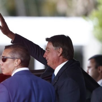 Parte dos brasileiros 'não está preparada para fazer quase nada', diz Bolsonaro sobre desemprego