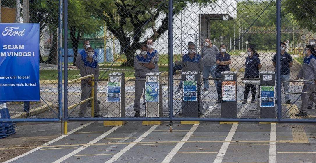 Multinacionais desistem do país. Crise e Custo Brasil fazem indústria cair ao menor nível em mais de 70 anos