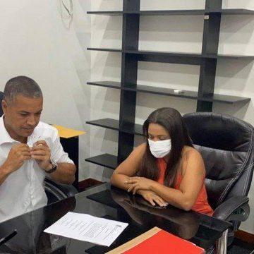 Filha de Beira-Mar toma posse em Caxias, reduto do traficante no Rio