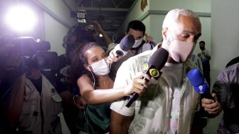 Belo diz que foi contratado por R$ 65 mil para fazer show no Complexo da Maré