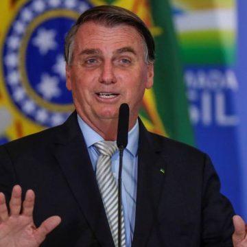 Em meio a ameaça de colapso, Bolsonaro minimiza falta de leitos: 'Saúde sempre teve problemas'