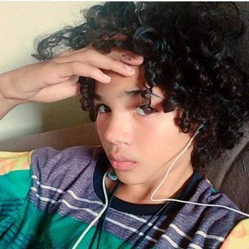 Menino de 13 anos desaparece após sair de casa na Baixada Fluminense