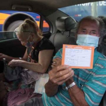 Nova Iguaçu imuniza idosos de 71 e 70 anos e profissionais de saúde acima de 35 na próxima semana