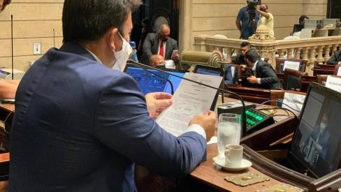 Câmara aprova retomada da bilhetagem de ônibus pela Prefeitura do Rio