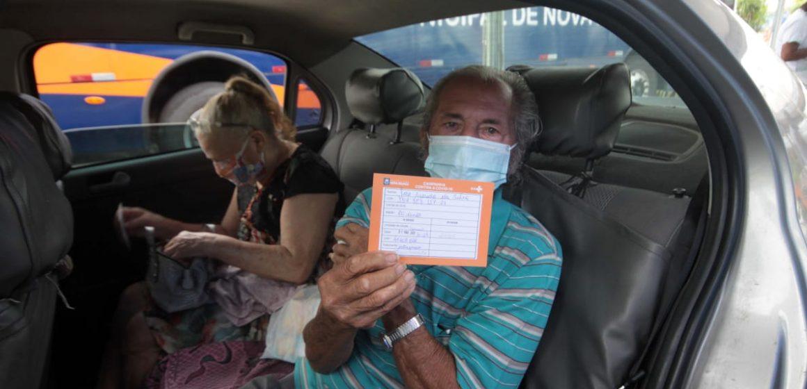 Nova Iguaçu inicia vacinação de idosos de 77 e 76 anos na próxima semana