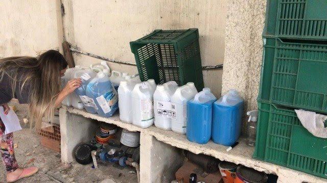 Polícia Civil interdita fábrica clandestina de produtos de limpeza na Zona Norte do Rio