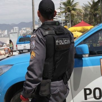 Cláudio Castro vai lançar plano de imunização das forças de segurança do Rio