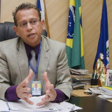 Ex-prefeito de Japeri e secretária são denunciados pelo Ministério Público