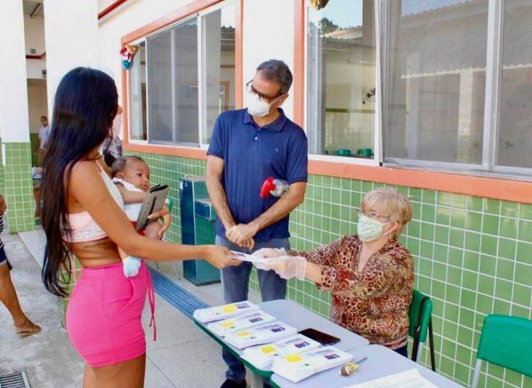 Prefeitura de Nova Iguaçu fará duas recargas do cartão-alimentação de alunos da rede municipal no mês de março