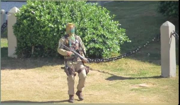 Policial militar 'surta' e dispara tiros para cima na região do Farol da Barra, em Salvador