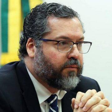 SENADORES APRESENTAM HOJE PEDIDO DE IMPEACHMENT DE ERNESTO ARAÚJO AO STF