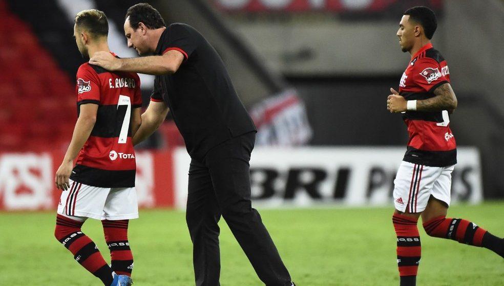 """Rogério Ceni vê Flamengo mal tecnicamente diante do Vasco: """"Time esteve abaixo"""""""