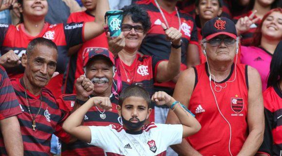 Jornal espanhol coloca torcida do Flamengo como a quarta melhor do mundo