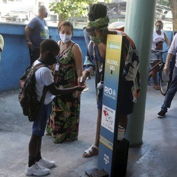 Aulas na cidade do Rio são suspensas após decisão liminar