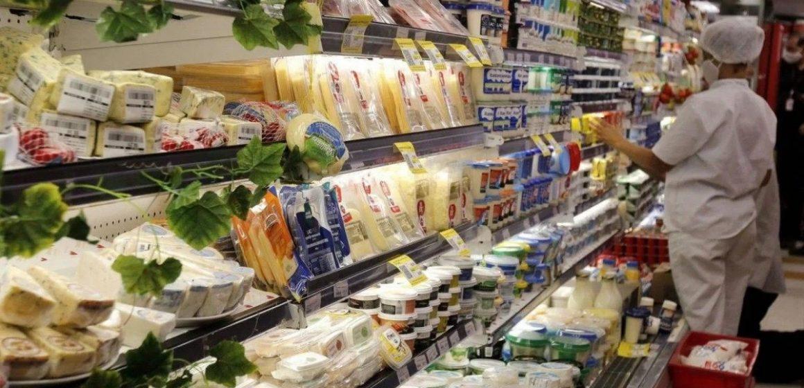 Secretaria de Educação amplia rede de mercados para compra com cartões alimentação dos alunos