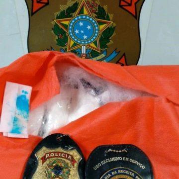 Polícia Federal prende homem por tráfico de drogas no Galeão
