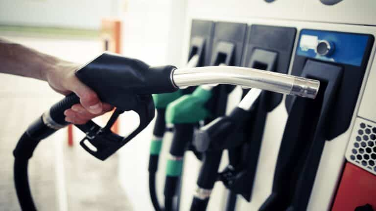 Combustíveis nos Postos:Fidelidade à bandeira vai acabar e venda via delivery será liberada:o preço da gasolina pode reduzir!