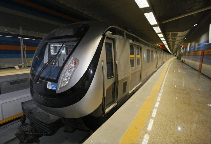 """Abusivo:""""Reajuste da tarifa do Metrô é adiado para 7 de maio"""""""