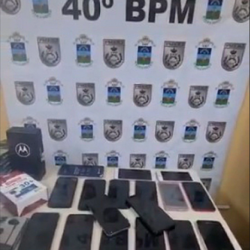 Polícia prende criminosos com carregamento de celulares na Zona Oeste