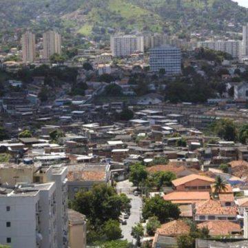 Tiroteios em comunidades de Niterói assustam moradores